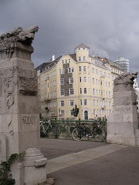 Viennese Building