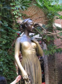 Statue of Juliet