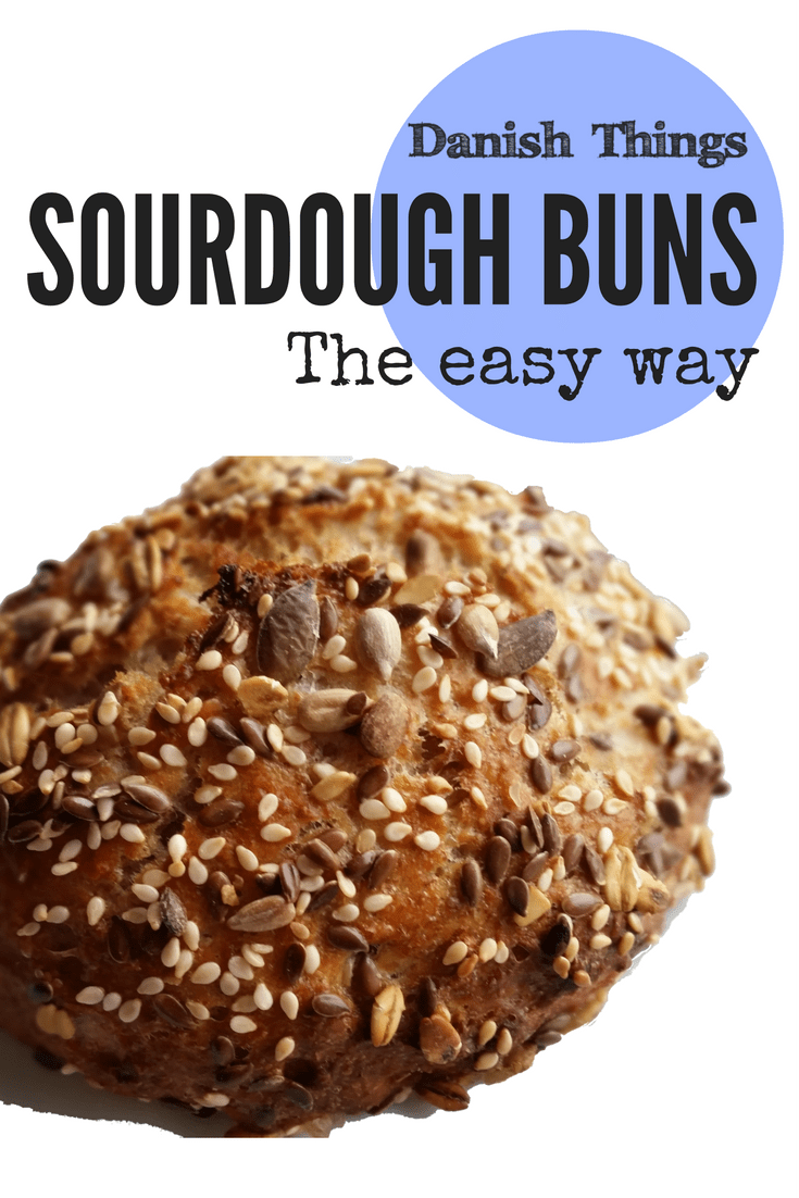 Sourdough buns - the easy way © DanishThings.com