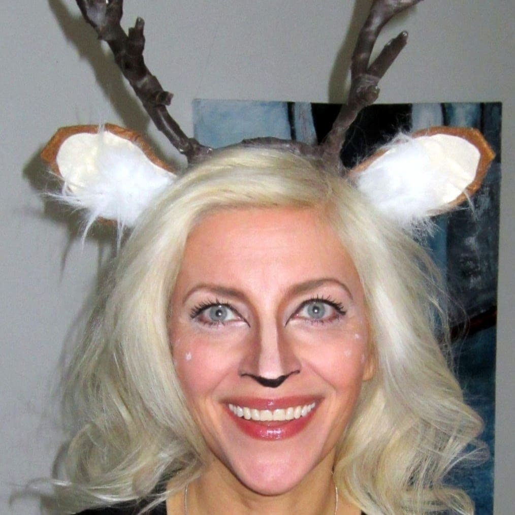 Rensdyrgevir med ører - hjemmelavet udklædning – lav det selv - find instruktioner og inspiration på danishthings.com © Christel Danish Things