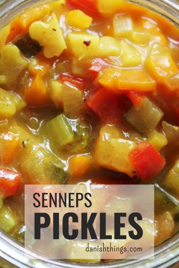 Pickles er en super måde at få brugt resterne i grøntsagsskuffen på. Det er et lækkert i en sandwich eller som tilbehør til kød. Du får den bedste remoulade, hvis du hakker din pickles og blander den med en god (hjemmelavet) mayonnaise. Find opskrifter, gratis download, print og inspiration til årets gang på danishthings.com