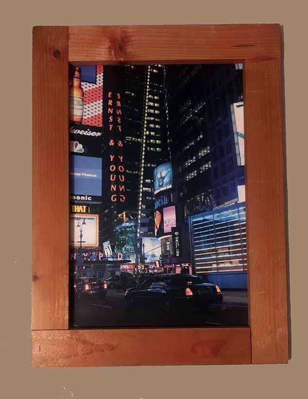 """תמונה עם מסגרת עץ מק""""ט: 1511"""