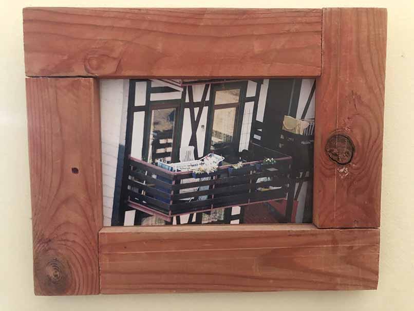 """תמונה עם מסגרת עץ מק""""ט: 1538"""