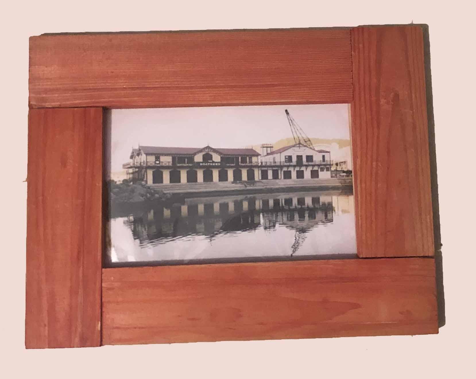 """תמונה עם מסגרת עץ מק""""ט: 1534"""