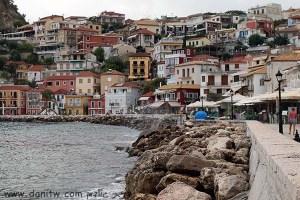 5121 בתים, יוון