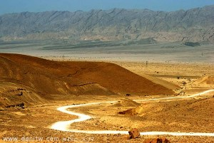 תמונות יפות למכירה צילום נוף דרכים, הרי אילת, ישראל 3363