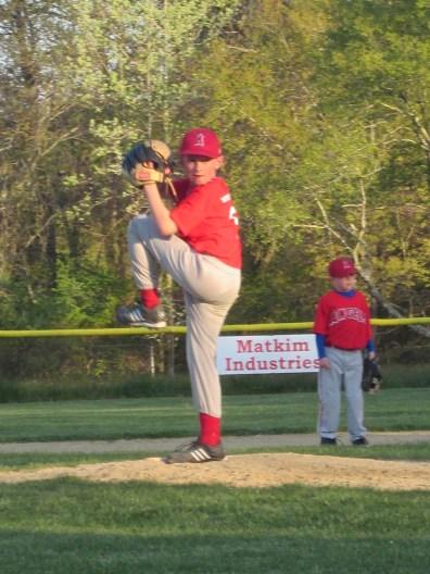 joe-pitching