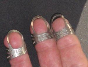 Propik Fingertone fingerpicks