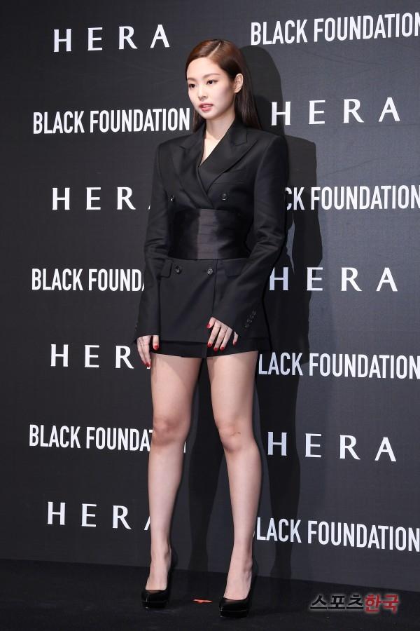 BLACK PINK(ブルピン) ジェニ