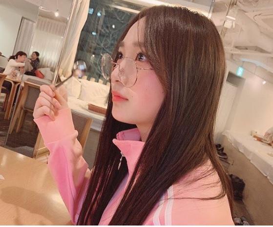 韓国デビューに向け韓国語猛勉強中の高橋朱里。ハングル勉強中~!!