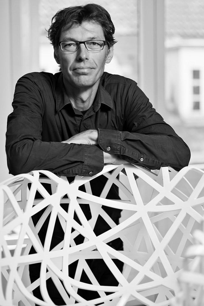 Niels Hvass Portræt på lokation