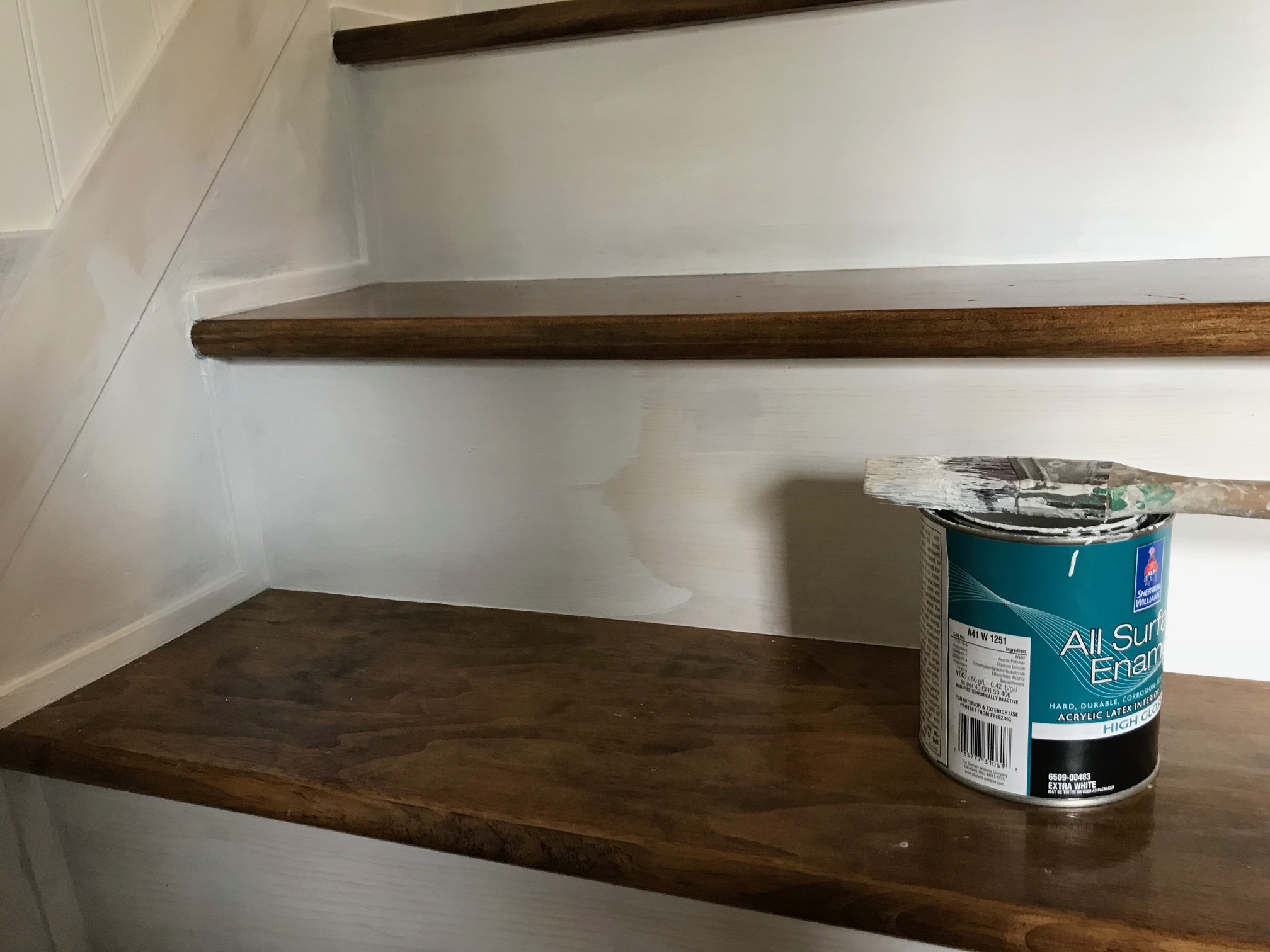 Caulking Staircase Stringer Cracks