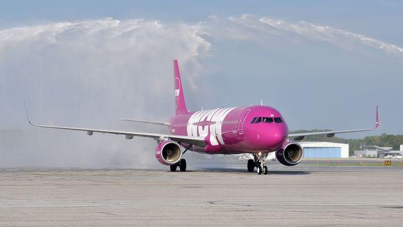 wow air europe flight discount