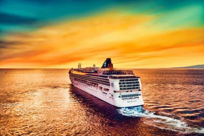 Norwegian Cruise mandates vaccine