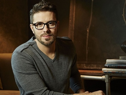 News-Apr4 Danny Gokey