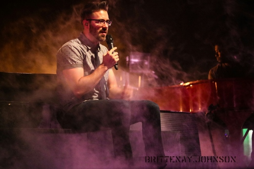 Brittenay Johnson Danny Gokey PH 1 (520x347)