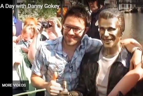 Danny Gokey and the Bronze Fonz