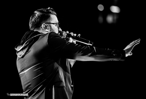 Ashley Jill Photography of Danny Gokey at Winter Jam