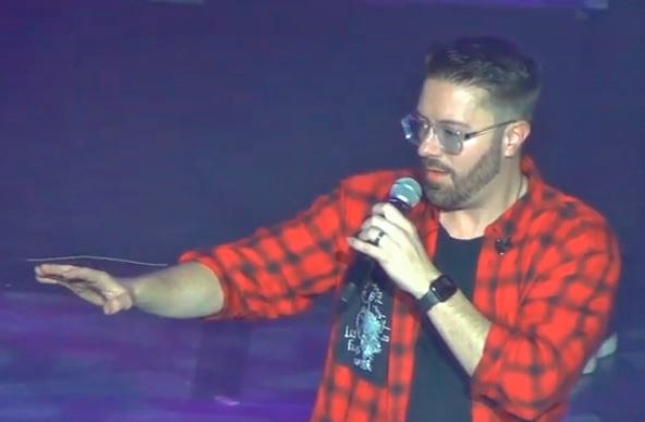 danny gokey performs at klove cruise