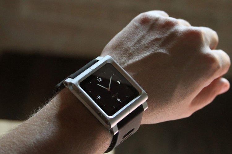 via http://www.designboom.com/design/scott-wilsons-kickstarter-ipod-nano-watch-project/