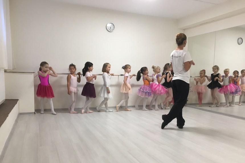Beneficiile baletului la copii