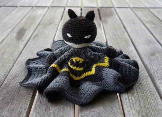 hæklet batman nusseklud
