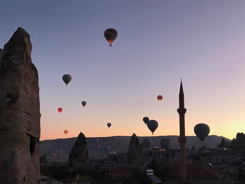 hidden cave hotel kappadokien, hoteller i kappadokien, hotel i göreme, hotel i cappadocia, cave hotel, luftballon tyrkiet, luftballon kappadokien, nevsehir, oplevelser i tyrkiet, miniferie i kappadokien, dansk i tyrkiet, hverdagen i tyrkiet, danske rejseblogs, rejseblogger, udlandsdansker blog, tyrkiet blog, tyrkiet blogger, alanya blog, alanya blogger