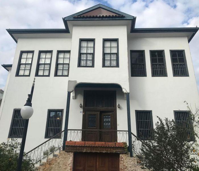 En rundtur på Alanya bymuseum – Alanya Hüseyin Azakoğlu Kent Müzesi