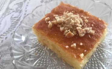tyrkisk semuljekage, tyrkisk kage med semulje, tyrkiske kage med sukkersirup, tyrkiske kager, tyrkiske kageopskrifter, tyrkisk sandkage, tyrkiske desserter, tyrkisk mad, nemme tyrkiske kager, semolina kage opskrifte, semuljekage opskrift, revani kage opskrift, tyrkiske madopskrifter, tyrkisk madblogger, alanya madblogger,