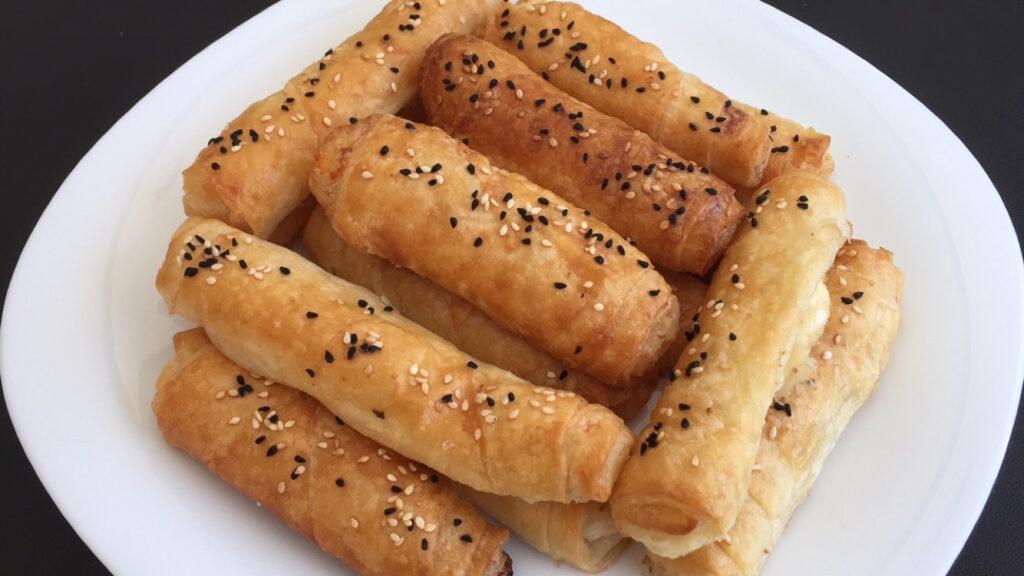 Sirkeli Çıtır Börek, tyrkiske osteruller i ovn, sigara börek, tyrkisk mad, tyrkiske opskrifter, nem tyrkisk mad, nemme tyrkiske retter, dansk i tyrkiet, alanya blog, alanya blogger, tyrkiet blog, tyrkiet blogger,