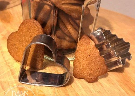 Biscuits Pepperkaker présentés