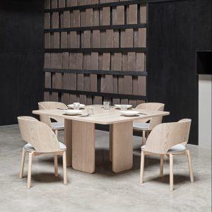 Arq table à manger carré