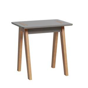 Dana table de coin
