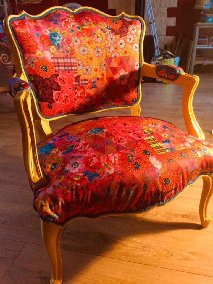 fauteuil refait entièrement