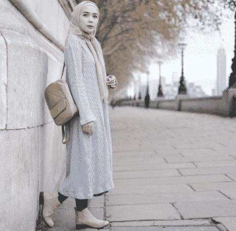 10 Inspirasi Fashion Baju Hijab Era 90an Berani Tampil Beda Dans Media