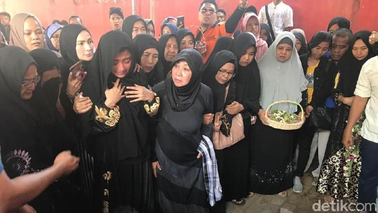 Image Result For Ayah Dewi Persik Meninggal