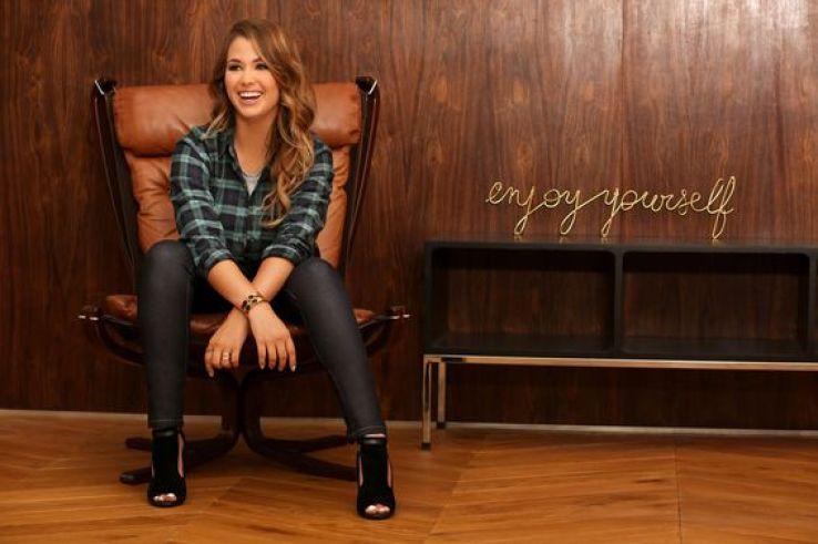 Enjoy Phoenix Marie Lopez collection mode capsule vêtements la redoute