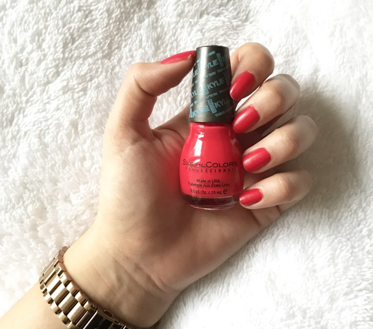 Vernis HOLLY-WOOD Trend Matters Satin Kylie Jenner Sinful Colors