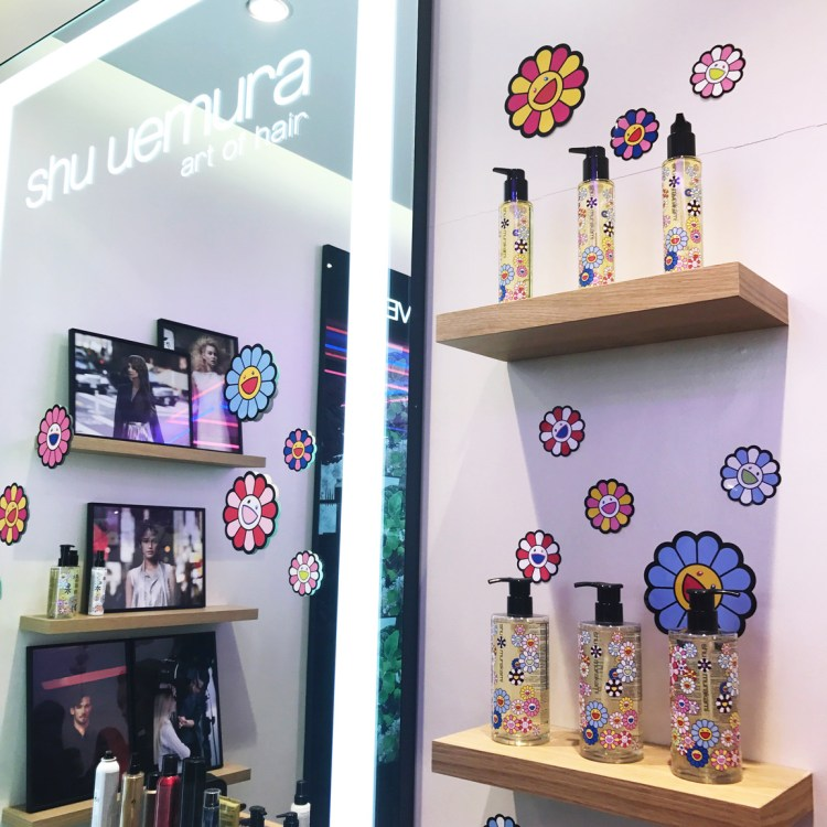 collection Shu Uemura X Murakami Cosmic Blossom avis blog brushing haircare soin des cheveux air blow huile capillaire