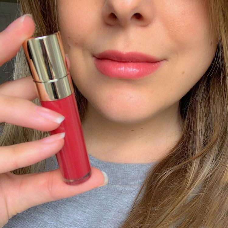 Mon avis sur le Joli Rouge Laquer de Clarins Joli Rouge swatch photo