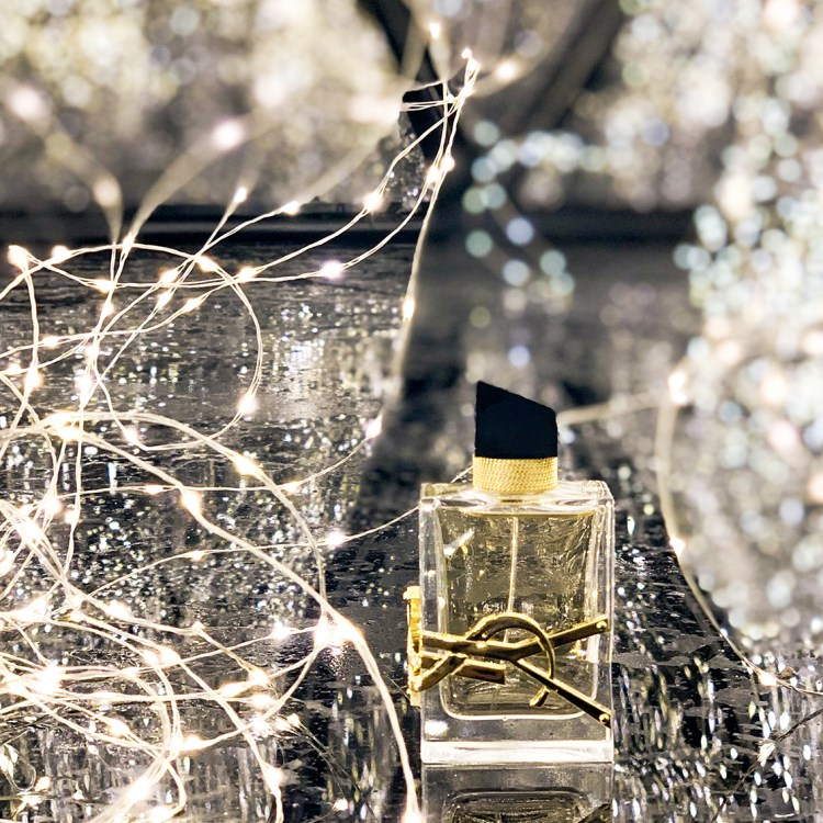 Libre Yves Saint Laurent mon avis sur la nouvelle Eau de Parfum blog test dans mon sac de fille