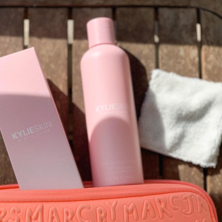 J'aime ou j'aime pas mon avis sur le Milk Vanilla Toner Kylie Skin blog test