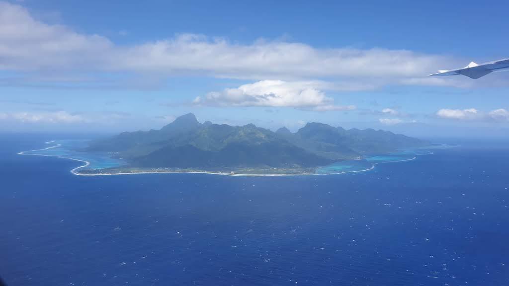 île de Moorea depuis l'avion