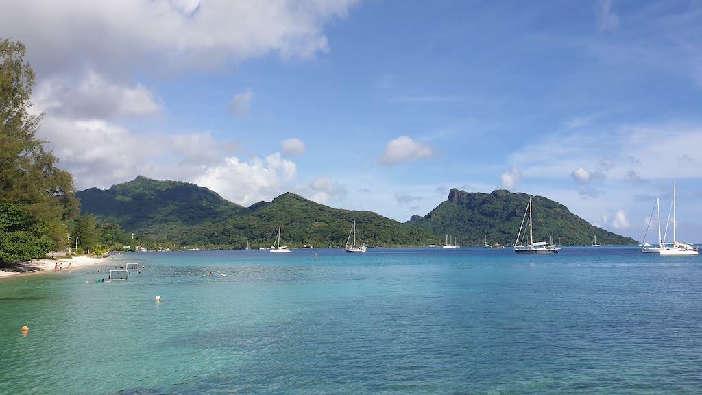 île huahine