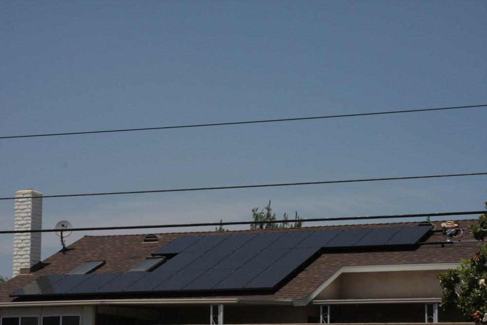 My neighbor's Sungevity solar installation today...photos! (4/6)