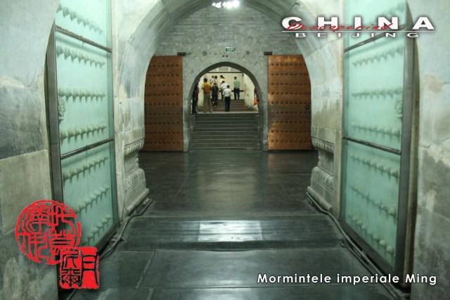 6 Mormintele Ming 13