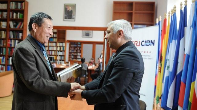 5 Diplomatia Panda, Sibiu 28.04.2015
