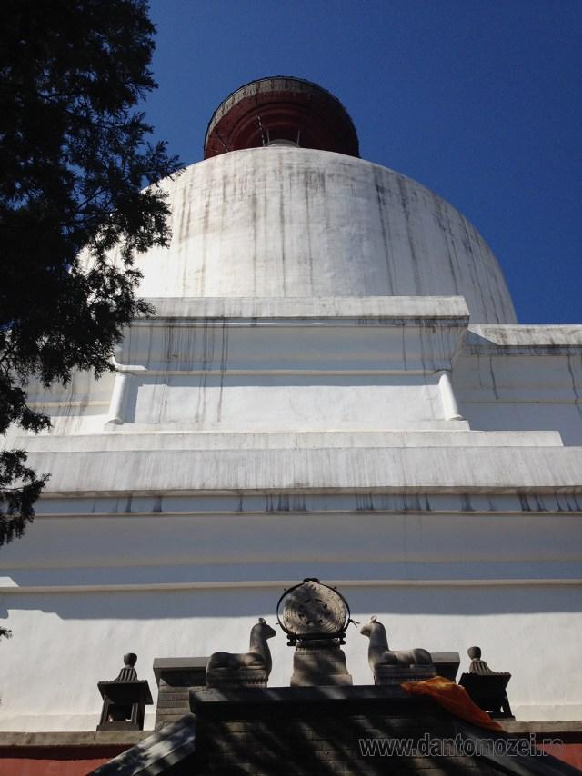 Templul Stupa Alba, Beijing 7