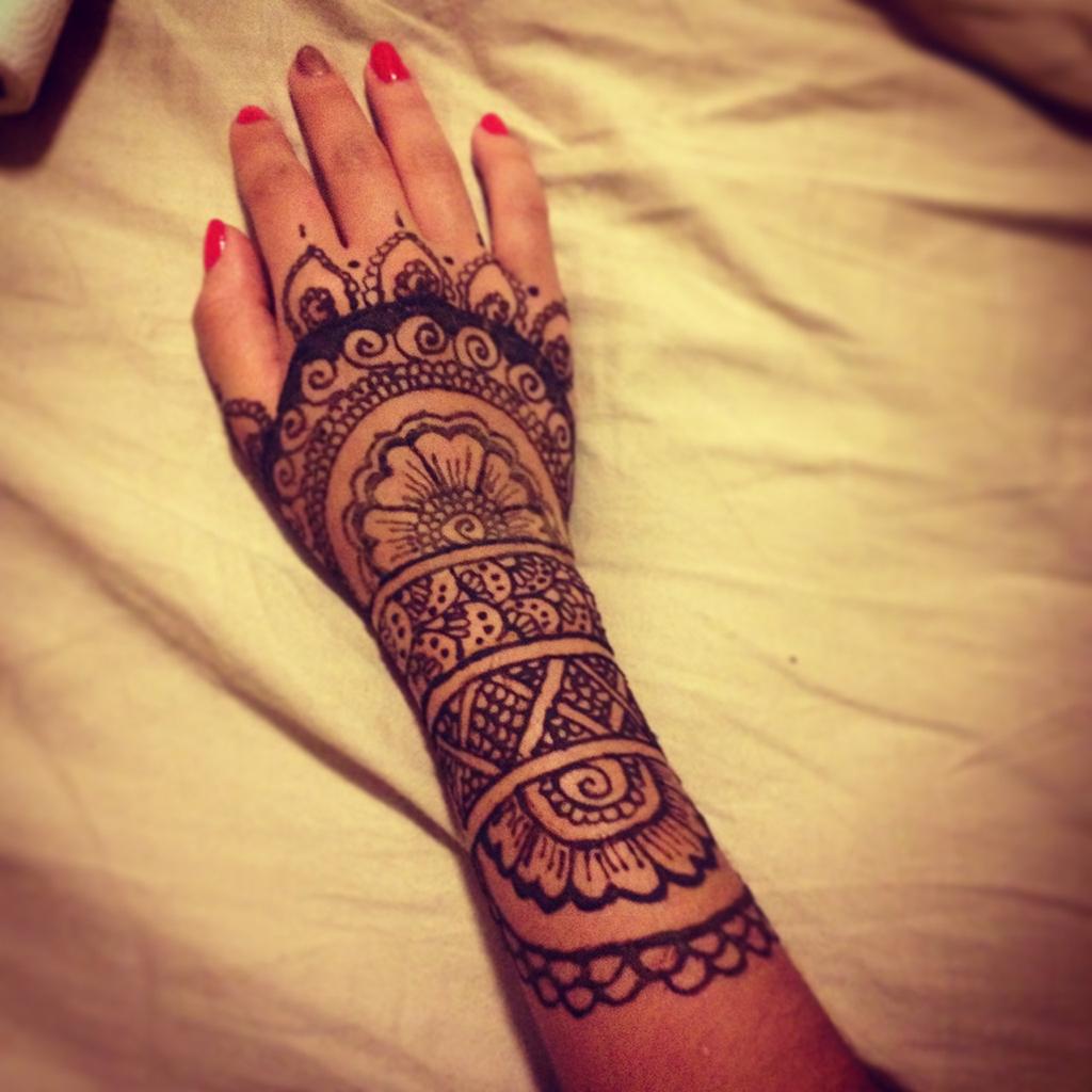 Tatuajes De Henna Impronta En La Cultura árabe Danzasafran