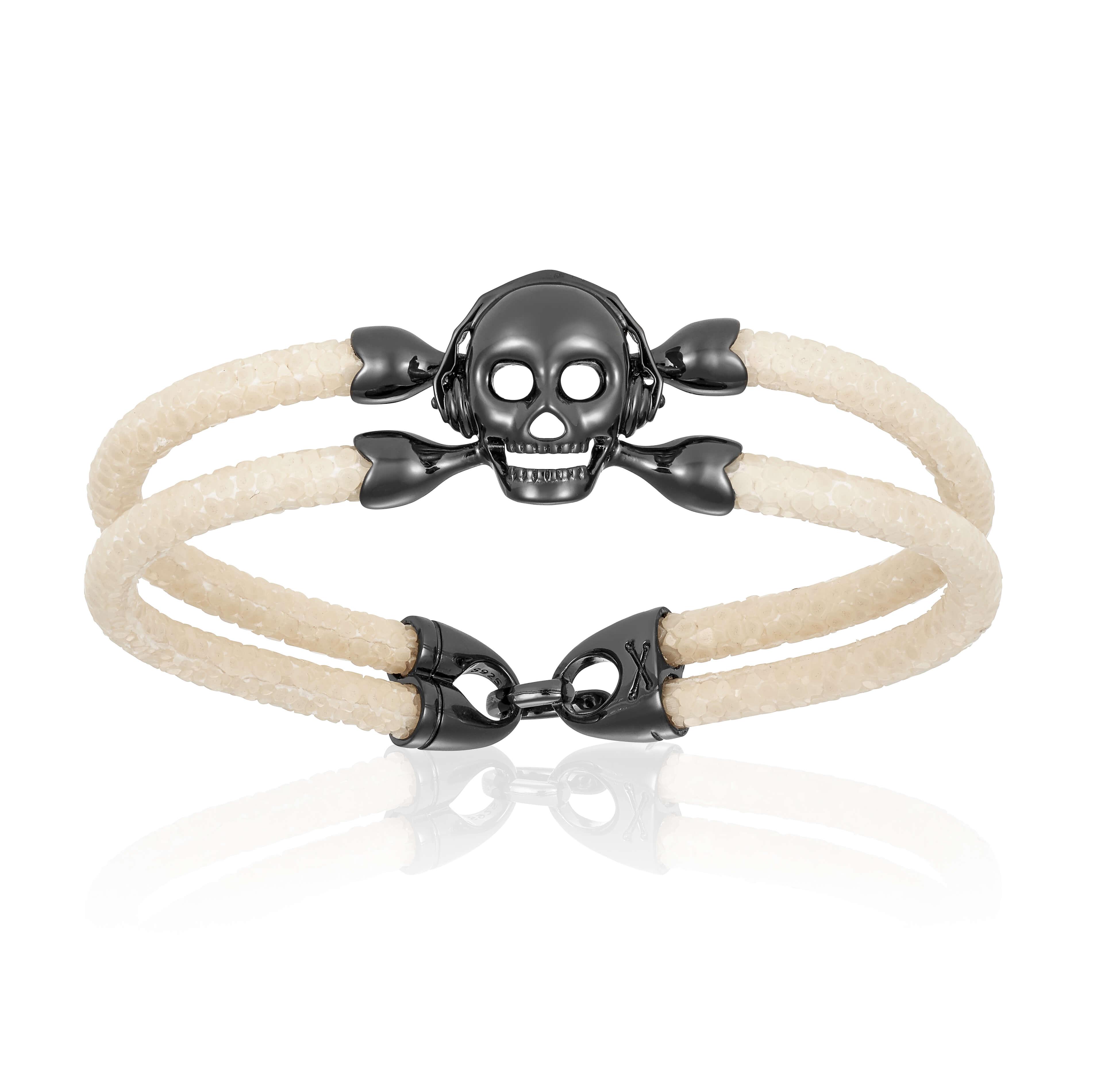 White stingray bracelet with black skull for man